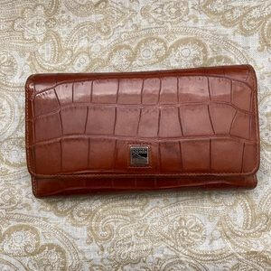 Dooney Bourke Cognac Croc Leather Trifold Wallet